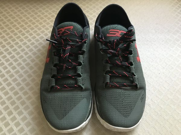 Under Armour Curry 2 Low Hook - Mens 9.5 (Clothing   Shoes) in San Jose 7b0c822cd