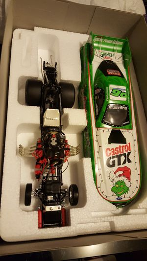 John Force The Grinch 2001 Mustang Funny Car