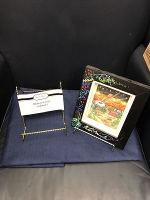 "Display Easel(S) 6"" High x 5"" Wide/ 10 Gold & 10 Silver Perfect for Displaying Plates, knick knacks, etc."
