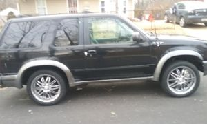98 Ford explorer 4wd & 20inch rims
