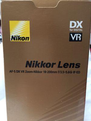 Nikon DX AF-S Nikkor 18-200mm G ED VR Zoom Lens