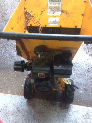 Good running and working wood chipper