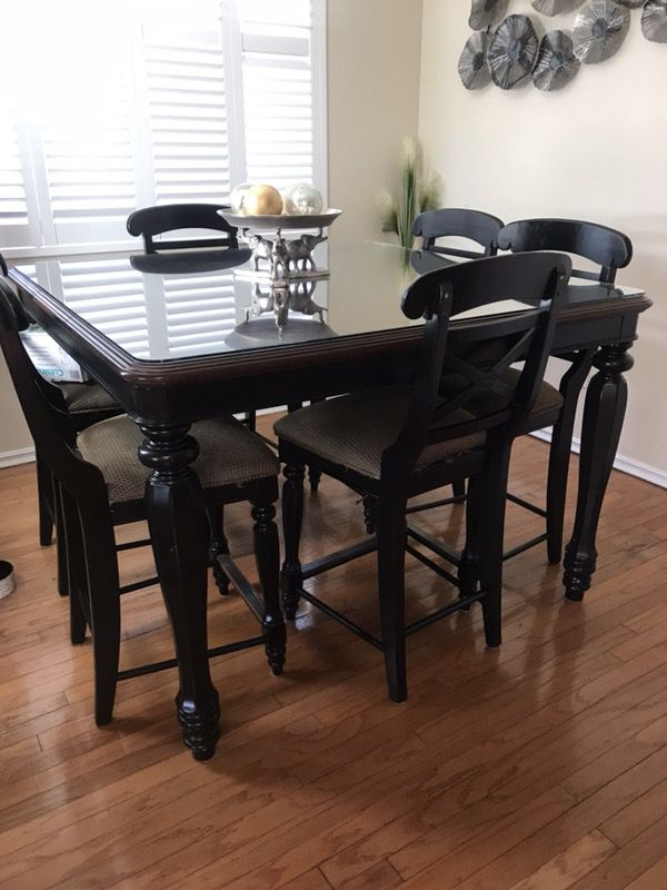 Dining Room Table Set From Macys Furniture In San Diego CA