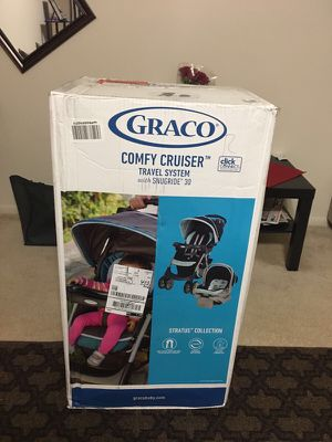 Brand New Graco Click and connect Comfy Cruiser travel system