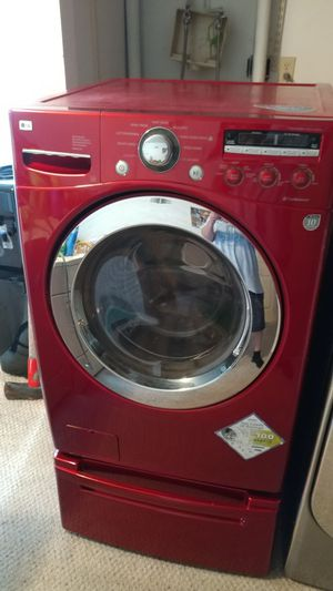 LG Frontload Oversize Capacity Washer With Pedestal