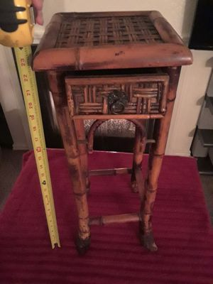 DAINTY LITTLE BAMBOO CUBBY STAND UNIQUE 20INCH TALL