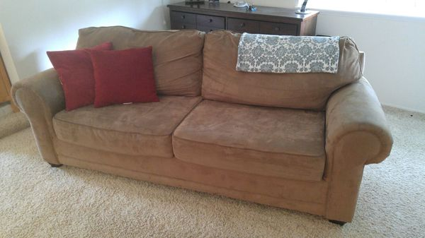 Moving and need to get rid of furniture in bellevue for Get rid of furniture