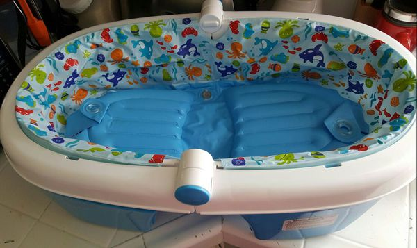 summer infant fold away baby bath tub baby kids in san jose ca offerup. Black Bedroom Furniture Sets. Home Design Ideas