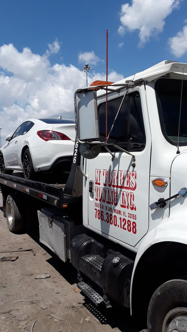 Compro carros junk cars (Auto Parts) in Miami, FL