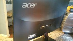 "2 monitors (24"" acer)"