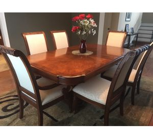 Extendable Dining Table Set 7piece Slightly Used Stanley Furniture