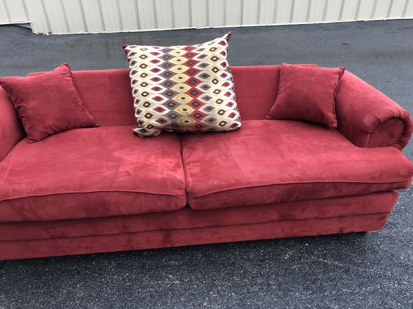 Red couches loveseat living room (Furniture) in Chicago, IL - OfferUp