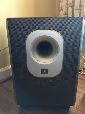 Jbl 8 piece home theatre speakers with subwoofer 200 watts