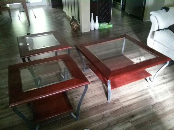 Coffee Table With Matching End Tables Furniture In Renton Wa Offerup