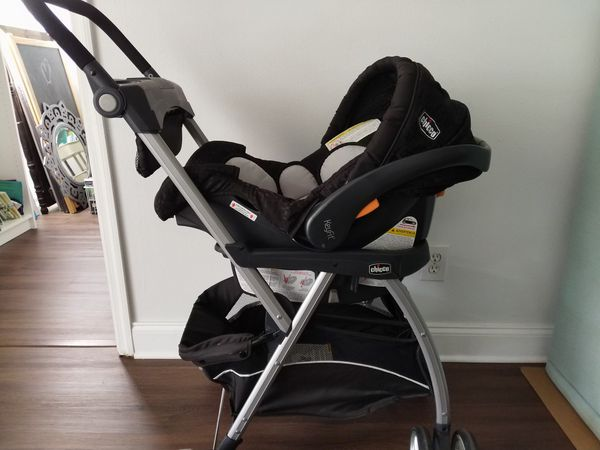 Chicco KeyFit Infant Car Seat Base And Stroller