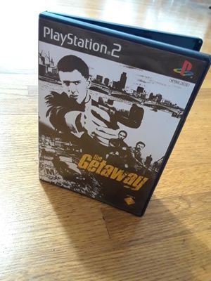 Play Station® 2 The Getaway