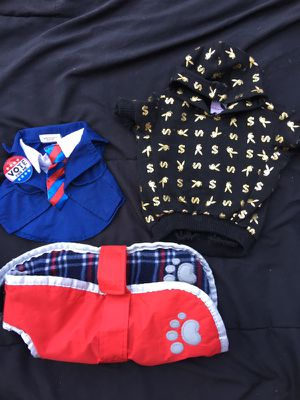 Dogs 🐶 clothes size:S