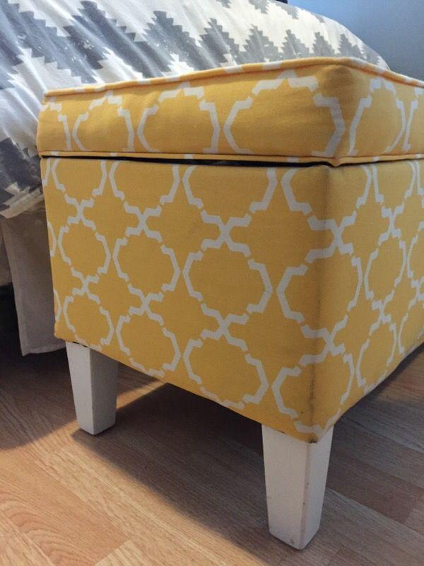 Yellow Storage Bench Furniture In Chicago Il Offerup