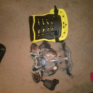 Fox roost and chest protectors