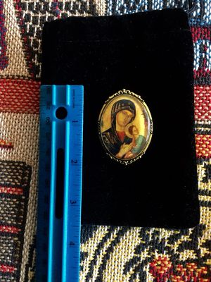 Classic brooch - pin for scarf or coat / Religious Icon brooch Mary with baby Jesus