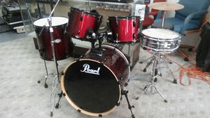 5 piece. pearl drums