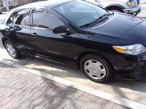 Great deal 2011 toyota corolla manual stift shift drive like new come front owner low miles