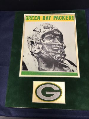 Classic Green Bay Packers Photo Hall of Famer Forrest Gregg On 11x14 Green Suede Matte with Vintage Gold Linen