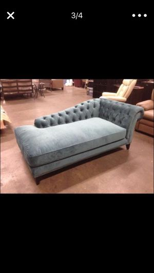 Chaise lounge brand new