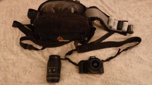 Minolta Maxxum HTsi 28-80mm camera with case, film and 70-300mm LDO macro lens