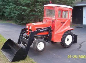PowerKing 1618 Front loader tractor tires