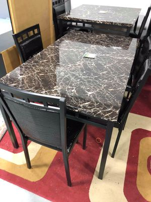 Medium Sized Dining Table With 4 Chairs