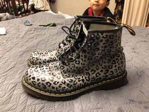 Grey leopard print doctor martins boots size 11