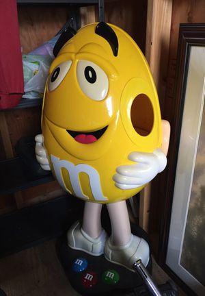M&M yellow peanut store display candy