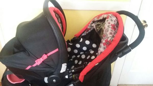 Minnie Mouse Travel System Graco
