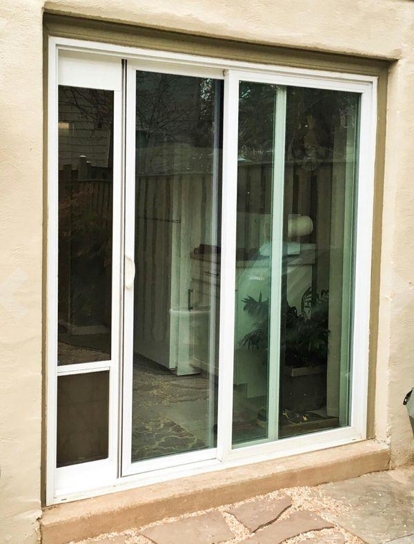 PetSafe Freedom Aluminum Patio Panel Sliding Glass Pet Door Pet