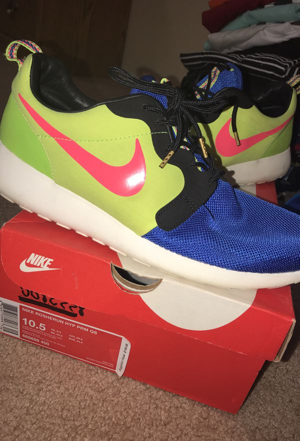 online store ce827 a1759 Nike roshe run hyp prm qs (Clothing  Shoes) in Dublin, OH