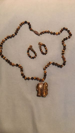 Elephant necklace with earrings