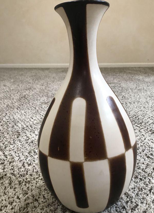 Pier 1 Imports Vase 14 X 8 Home Garden In Elk Grove Village