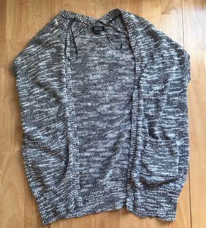 Nollie Sleeveless Grey/White Sweater Cardigan in Size XS