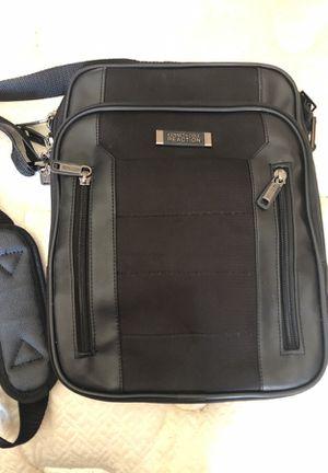 Kenneth Cole mini laptop/tablet bag