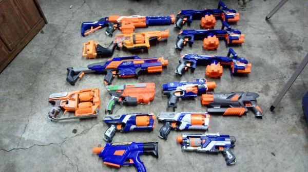 Nerf gun and accessories lot