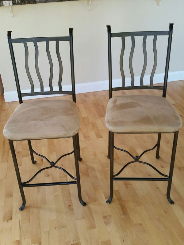 2 barstools priced to sell furniture in everett wa for Bedroom furniture 98203