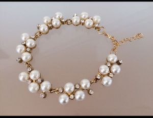 Brand new Pearl rhinestone elegant bracelet