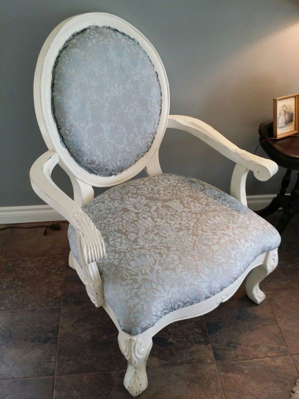 Chair Furniture In Des Moines Wa Offerup