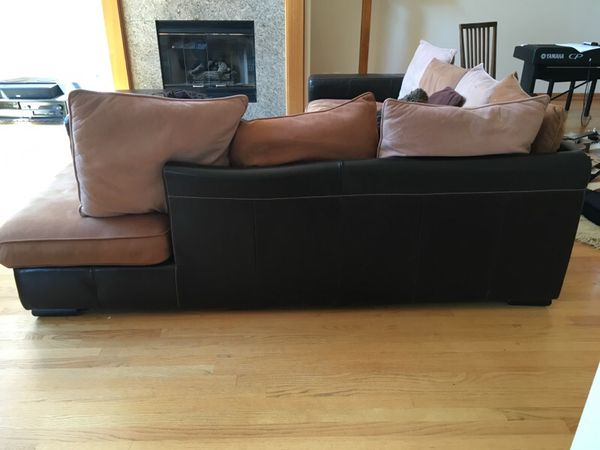 Dania leather couch furniture in bellevue wa offerup for Furniture in bellevue