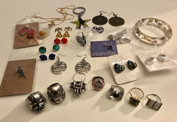 fandom jewelry and accessories lot jewelry accessories in