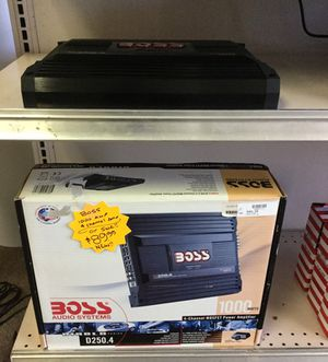 Boss 1000watts 4 channel Amp