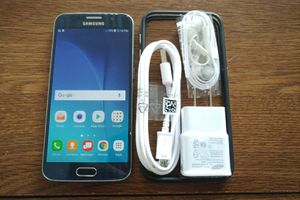 Galaxy S6 {64GB} UNLOCKED {Blue} Accessories included
