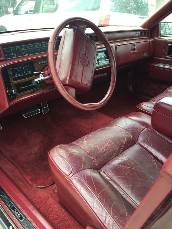 1990 cadillac excellent condition 83 000 miles cars trucks in wichita ks offerup. Black Bedroom Furniture Sets. Home Design Ideas
