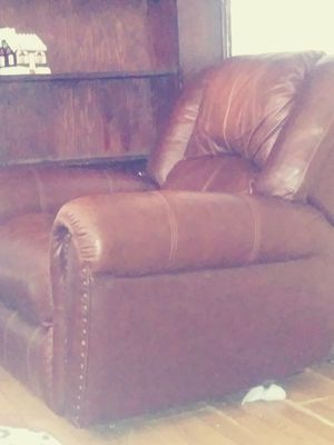 New and Used Recliners for sale in Albany, NY - OfferUp